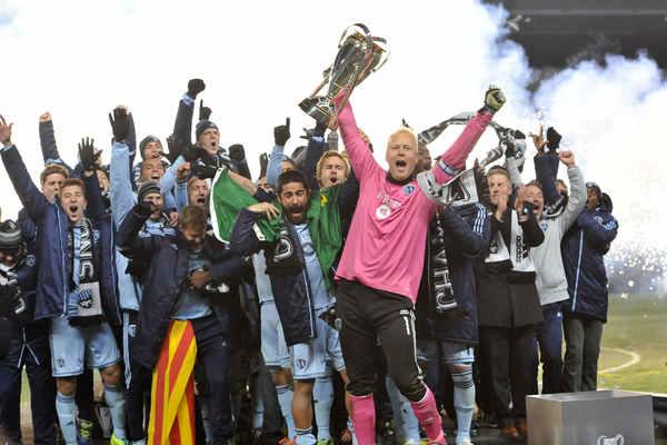 2013 MLS champions Sporting Kansas City. Credit: Bill Barrett -ISIPhotos.com