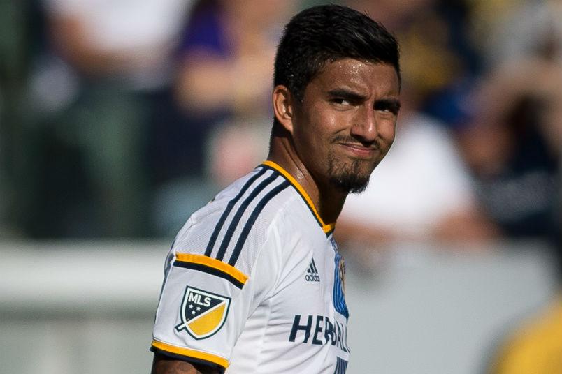 aj-delagarza-galaxy-houston-dynamo-mls-soccer-player-trade